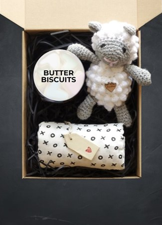 Snack & Gift Hampers: Little Lamb & Lots of Love