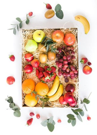 Snack & Gift Hampers: Abundant Fruit Box