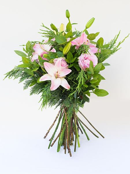 Bouquets: Lilies and Roses