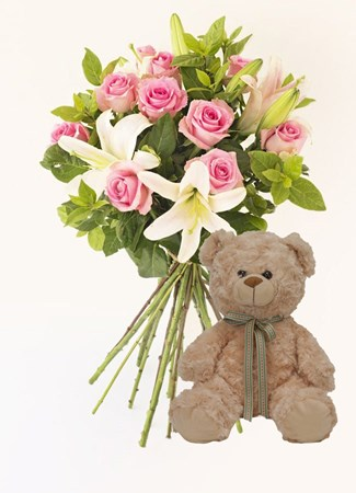 Bouquets: Happy Memories with Teddy