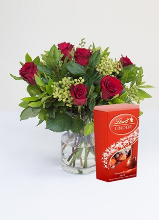 Arrangements: Just Perfect with Lindt Lindor