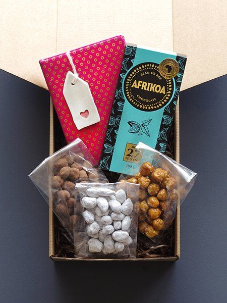 Snack & Gift Hampers: Nuts about you!