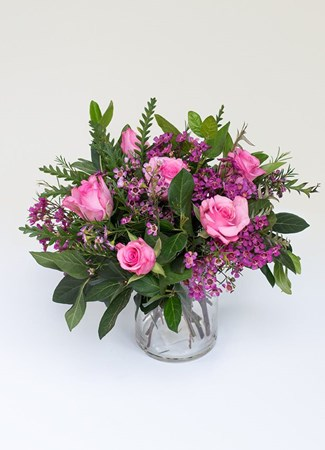 Arrangements: Pink Roses in a Glass Vase