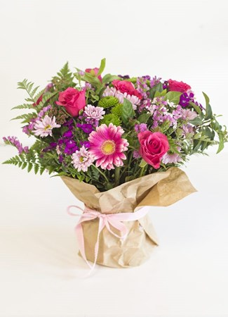 Arrangements: Happy Posy
