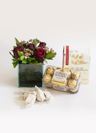 Snack & Gift Hampers: Sweet Appreciation Gift Box