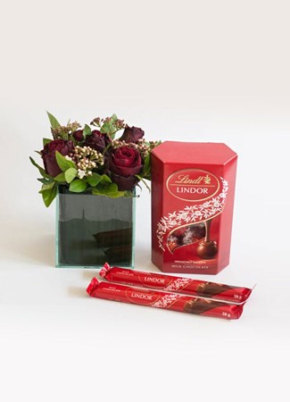 Snack & Gift Hampers: Lindt Floral Treasure